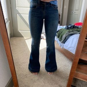 Wide leg/flared jeans